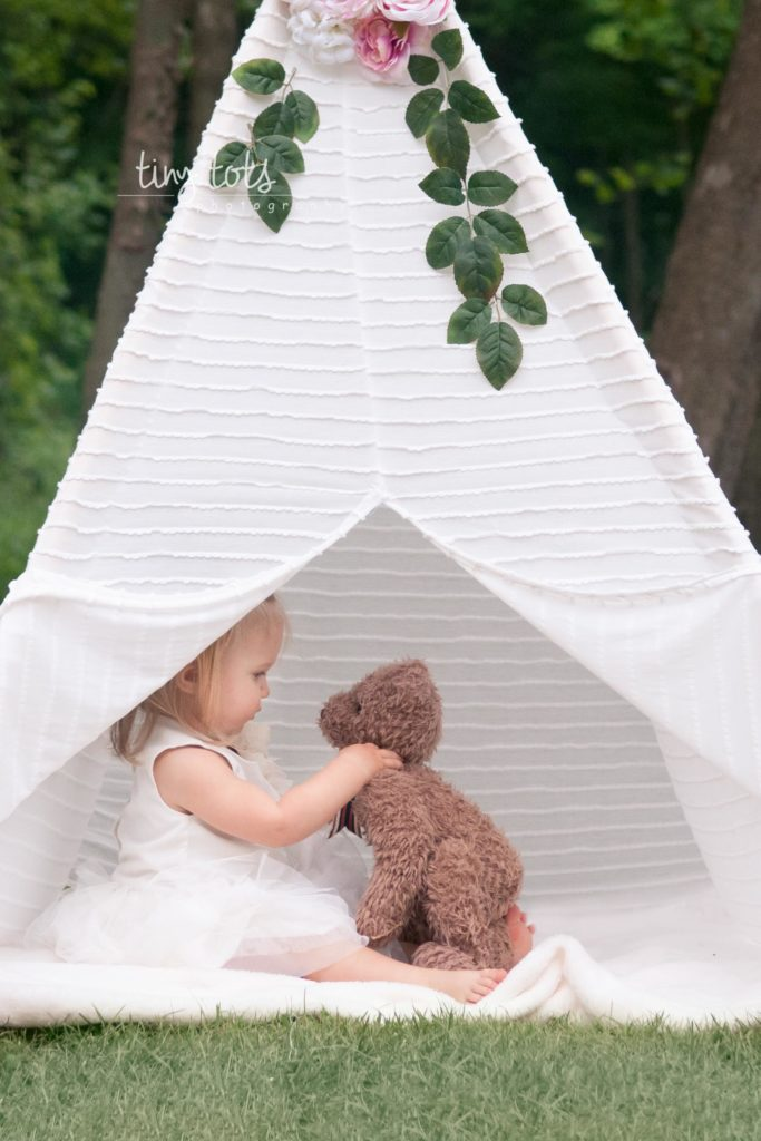 Glamping themed session
