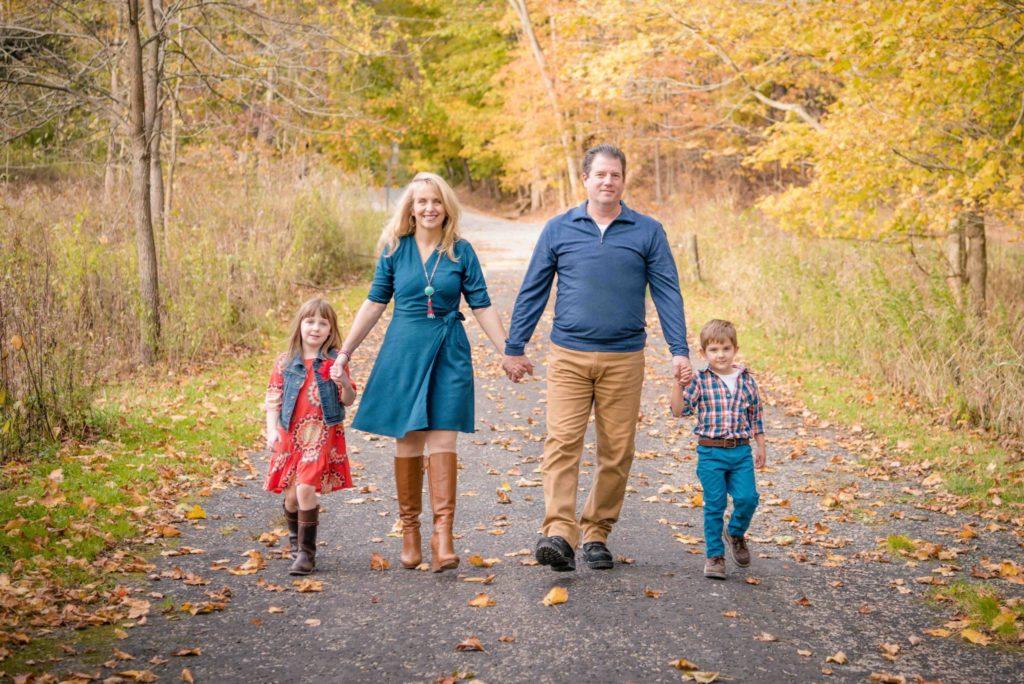 Family photographer in Richfeild Ohio