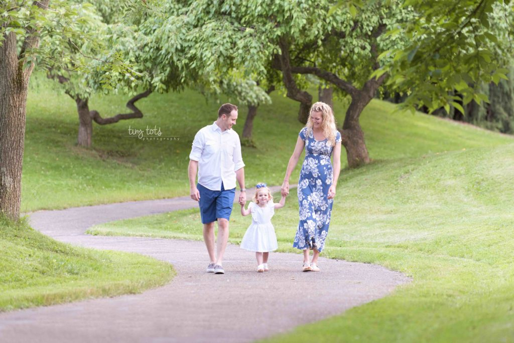 family walking picture