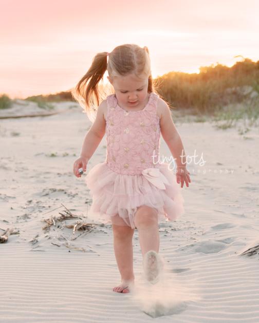 toddler girl beach photos