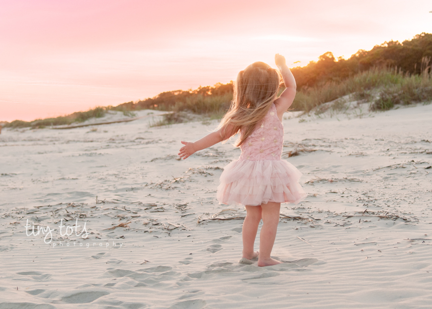 toddler beach photography session