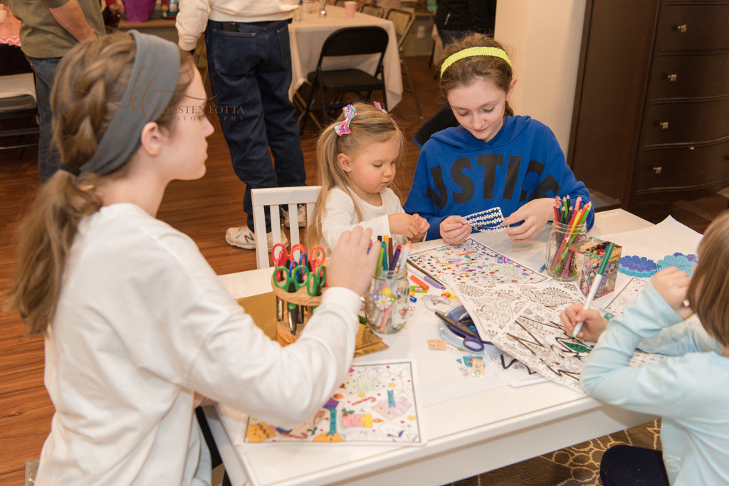children doing an art project at birthday party