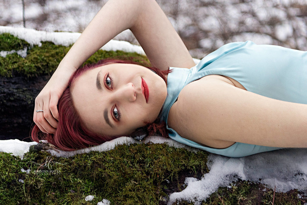 a cinderella inspired senior picture
